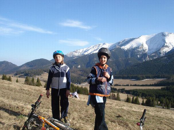 Z dziećmi w góry