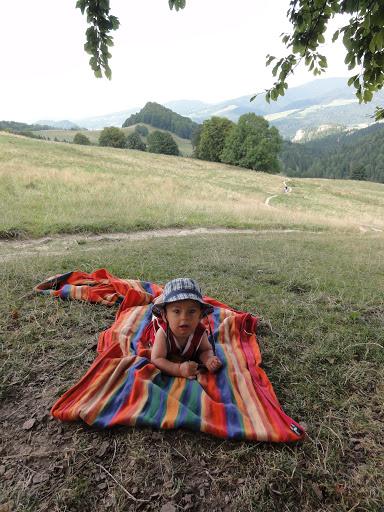 Dzieci w górach są szczęśliwe